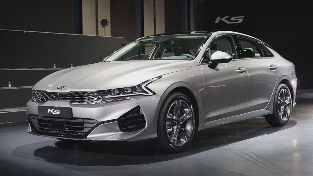 起亚全新K5韩国首发,这设计能救一救销量吗?