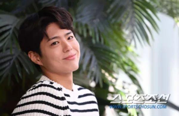 终于接新剧了!朴宝剑将主演明年tvN新剧《青春记录》 与朴素丹合作