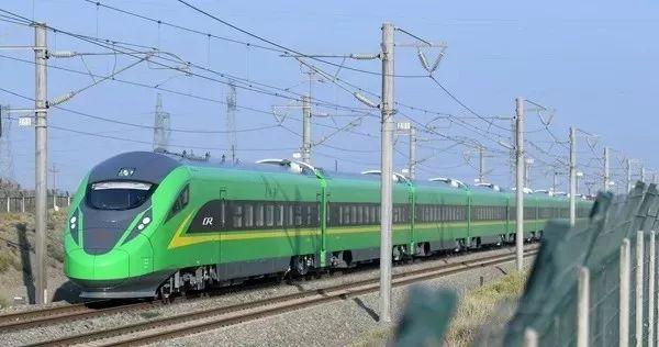 前11月,新疆铁路客货发送量增幅居全国前列!