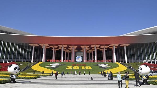 <b>望海楼:中国经济不惧风险挑战</b>