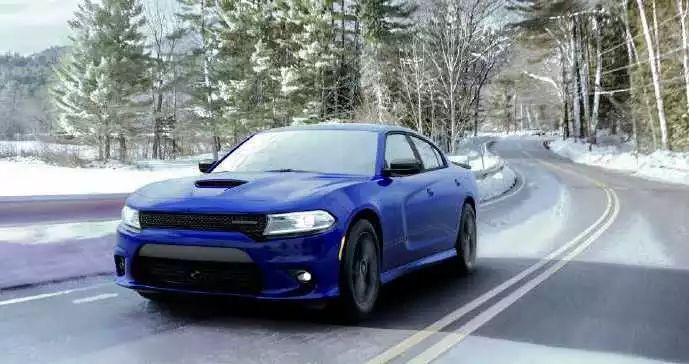 [转载]道奇新款ChargerGTAWD官图发布搭载3.6升V6引擎