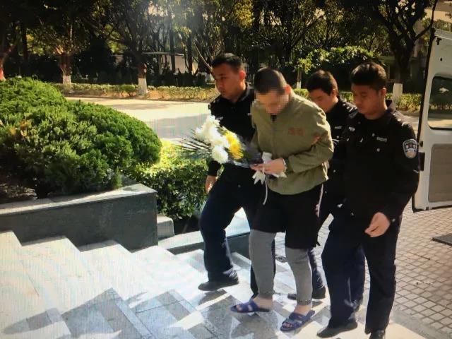 农村养老金广州在押人员母亲因患急病离世,其