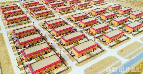<b>【推动高质量发展一年间】最后9355户建档立卡贫困户迁入安居房 新疆结束贫困人口住危房历史</b>
