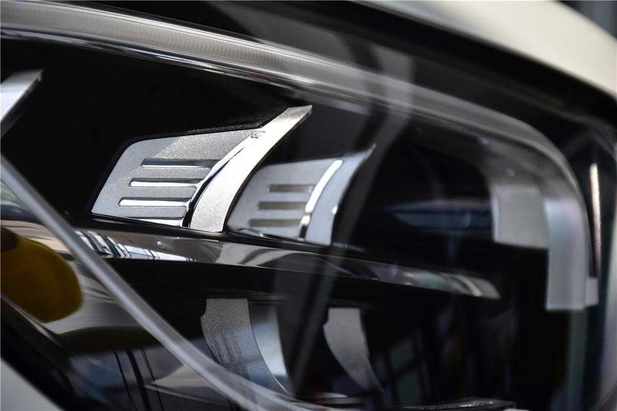 <b>实拍新款奔驰GLC Coupe:细节之处更加出色</b>
