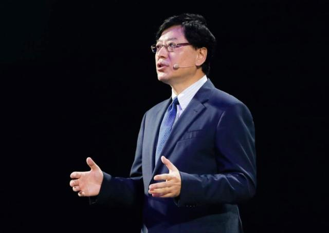 联想集团CEO杨元庆:出色的成绩是对未来最好的投资