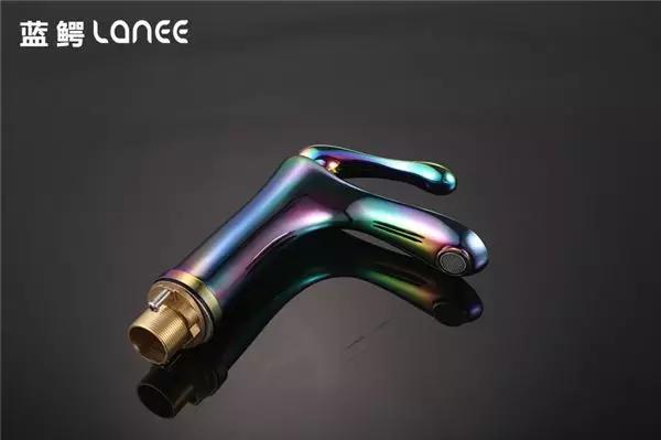 蓝鳄卫浴:工艺细腻,品质一流,经久耐用