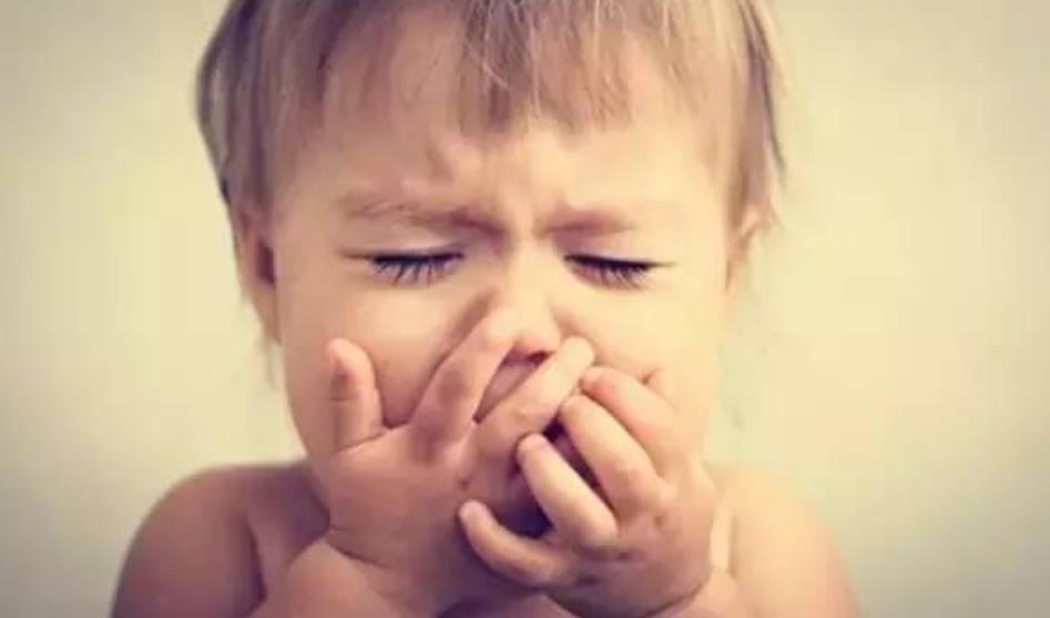 1岁前,宝宝要经历这些特殊的成长时期,妈妈知道吗?