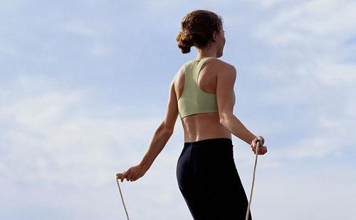 跳绳减肥法七种有效的跳绳运动法