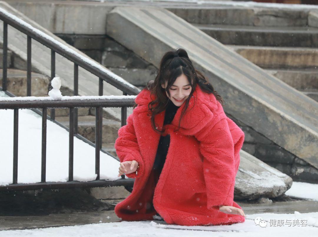 肖战邓伦拍的神仙雪景图,有哪款香水让你想到了雪?