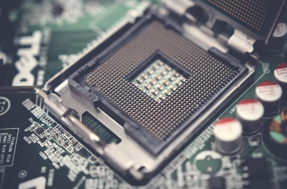 <b>从不单卖芯片的思科杀进芯片市场 能否挽救业绩下滑困境</b>