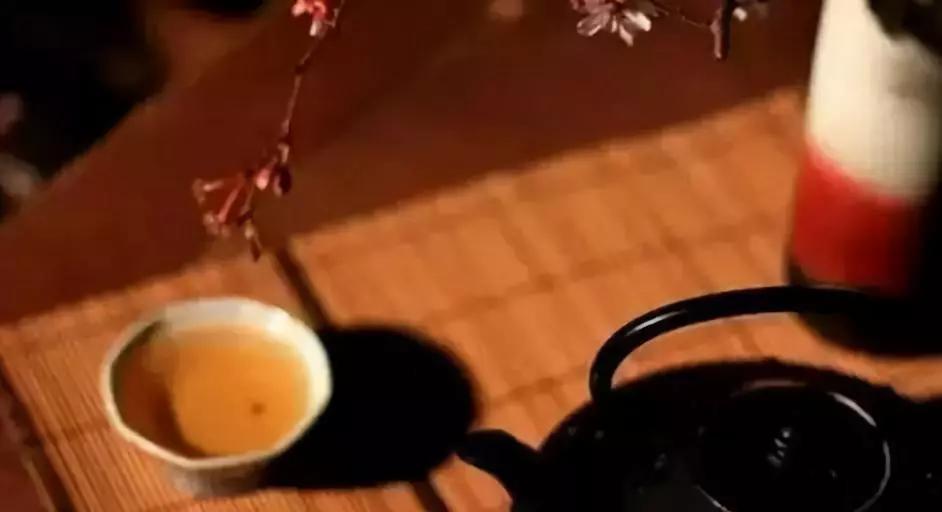 禅茶一味:心静汤清,茶味自来