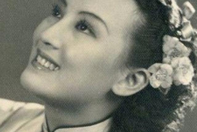 此人是国民党女特务,用美色获取情报,蒋介石都夸她贡献大