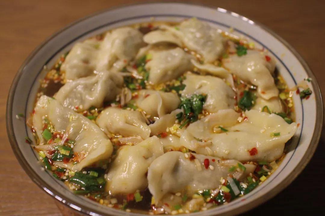 北方饺子 VS 南方饺子,到底哪个更好吃?