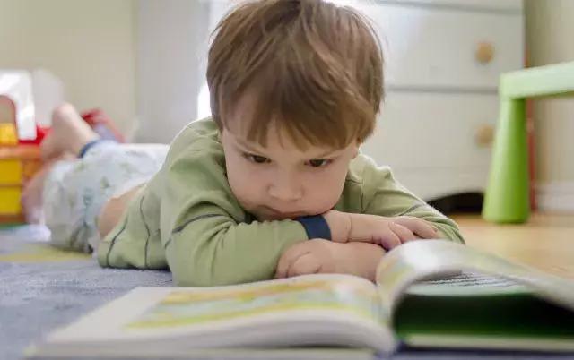 三岁多孩子有必要买识字卡吗?最佳识字期是多大?方法有哪些?