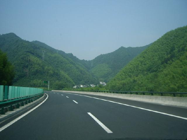 高速路弯道