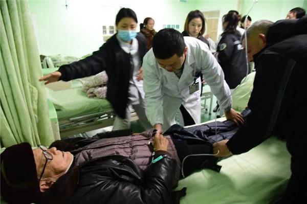 截至18日12时 内江市医疗机构共收治地震伤员10人