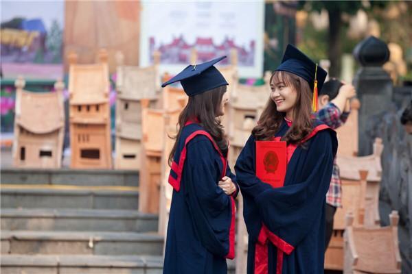 恭喜你,被英国大学录取了!入学报到前请先完成这10件事,很重要
