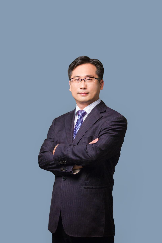 經濟學家系列訪談|楊德龍:2020年上證指數會站穩3000點