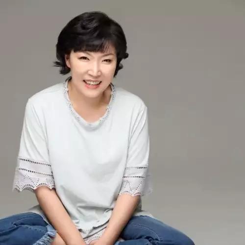 2019年韩国演艺圈有五位艺人离世,最年轻的只有25岁