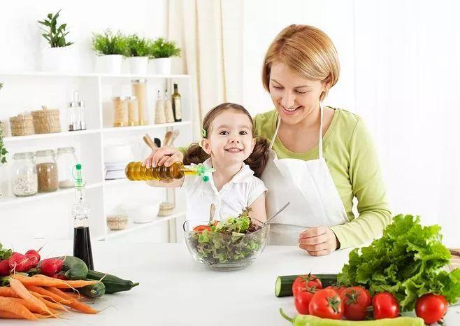世界卫生组织:健康膳食的4个实用建议