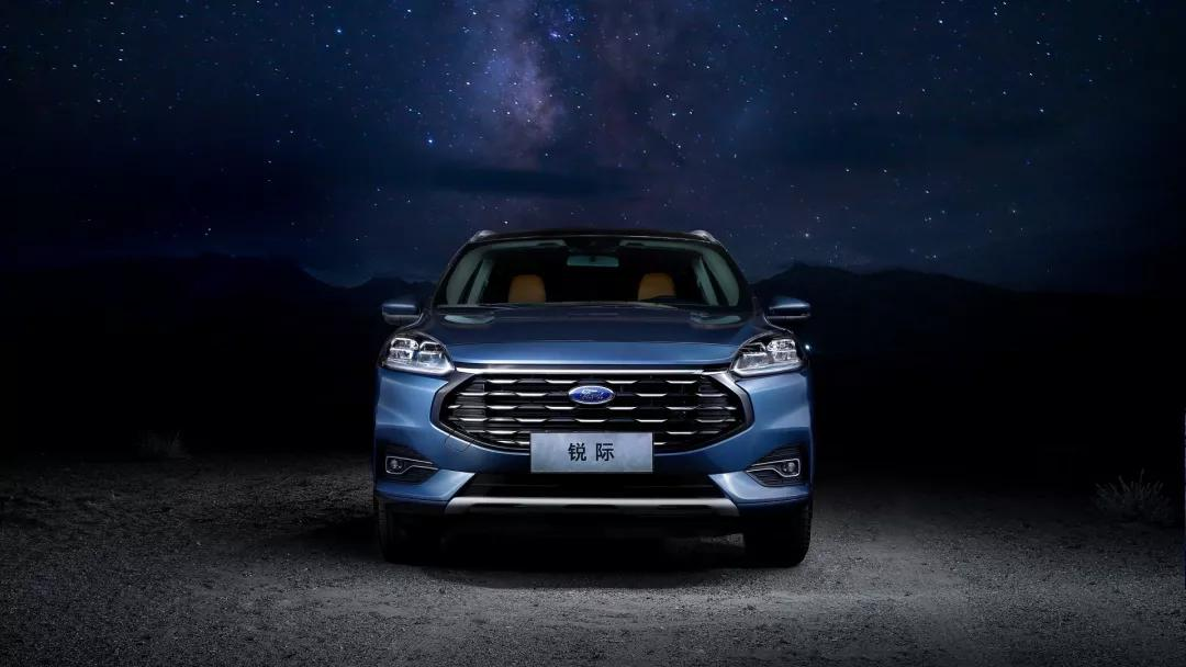 <b>在全新福特锐际Escape上 读懂了一台中级SUV该有的担当</b>