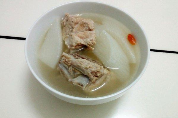 这几道汤冬天要多喝,身体越来越棒,特别下饭