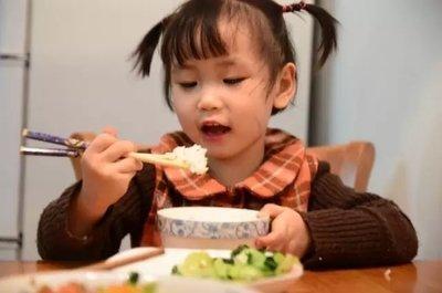宝宝不满3岁,这3种辅食最好不要喂,不消化、易积食还伤脾胃