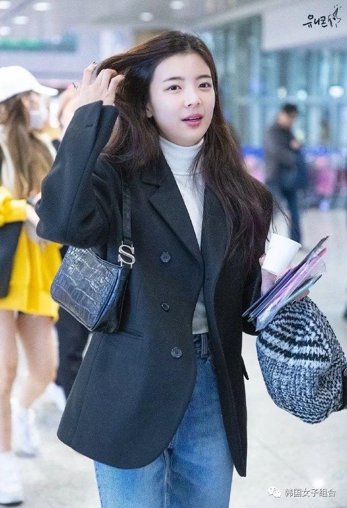 在机场也让人疯狂心动的女团爱豆,真的超会穿!