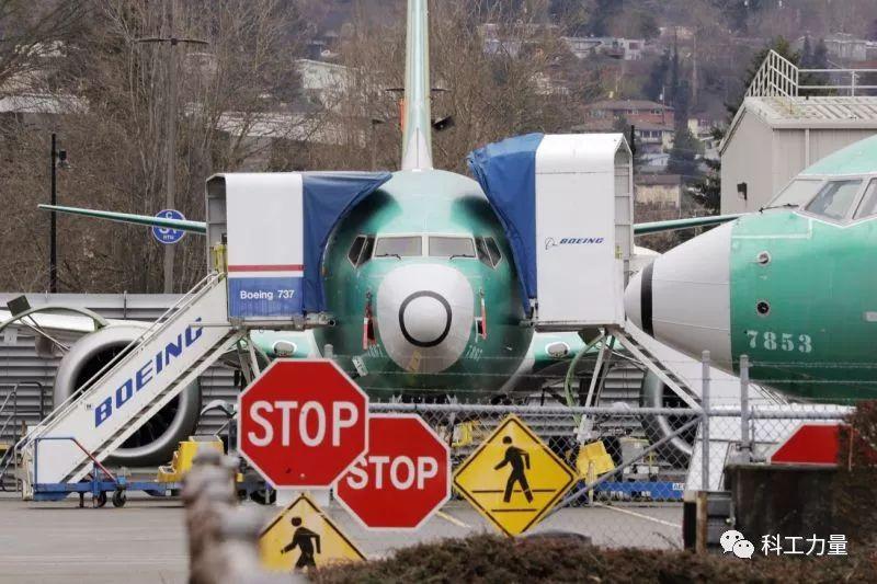 "骨牌倒下!737 MAX停产""击中""通用电气命脉"