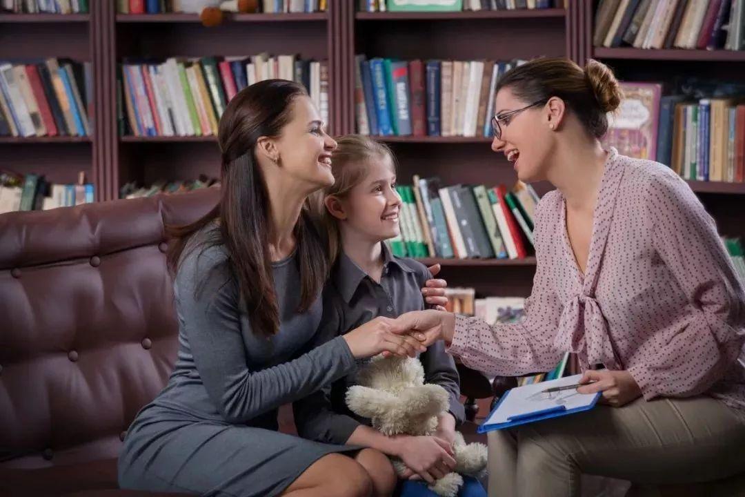 有这3个特征的孩子情商都不低,你家孩子有吗?