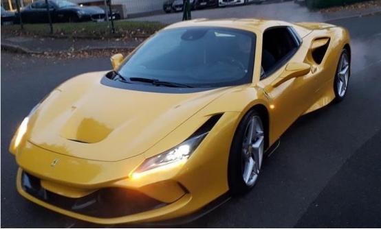 被称为法拉利有史以来最强的V8敞篷车型,网友说:看一眼也值了