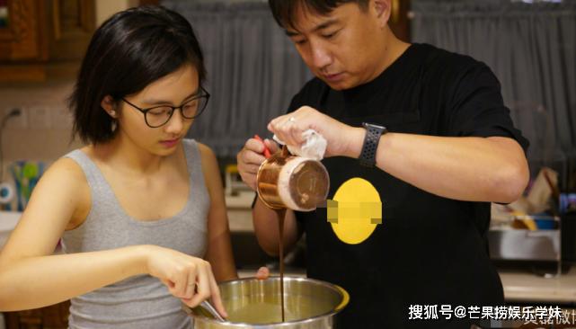 黄磊庆祝二女儿6岁生日,孙莉说补过生日,只有何炅送祝福太冷清