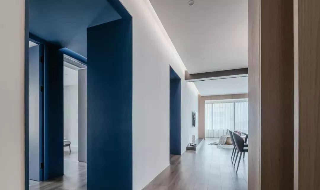 164㎡简约风格装修,以高级蓝为格调色,打造空间极致美!