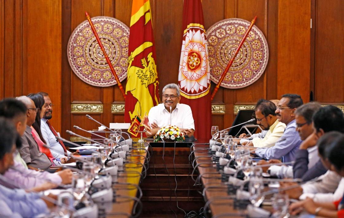 斯里兰卡总统强调将尊重与中方的汉班托塔港合作协议