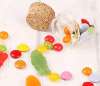 这11种食物不要给年幼的孩子吃,实在太危险了!