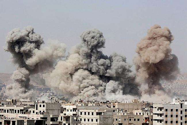 大型油田突然遭遇袭击起火 美叫嚣打的就是伊朗 俄:不开第一枪