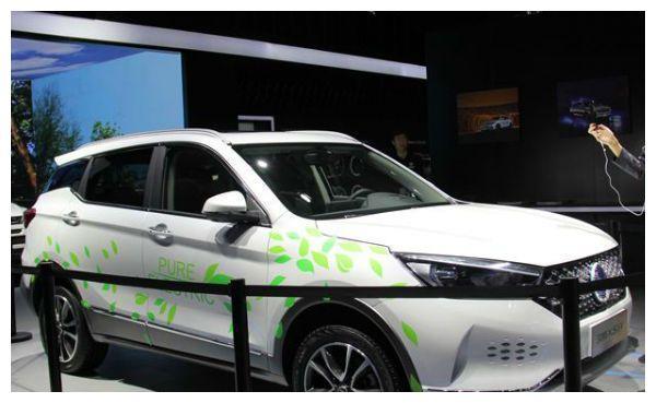 长河和汉腾新能源车哪个好?韩腾X5EV SUV怎么样