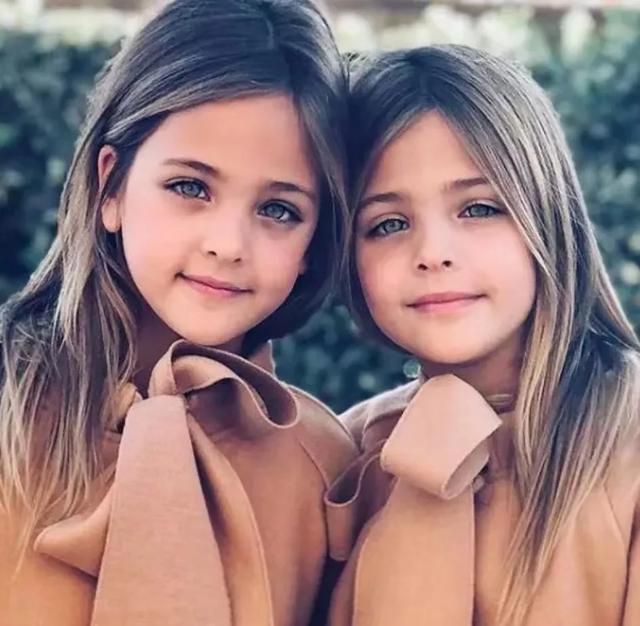 """拥有""""世界最美蓝眼睛""""的双胞胎,征服了100万人的心!文化,历史!"""