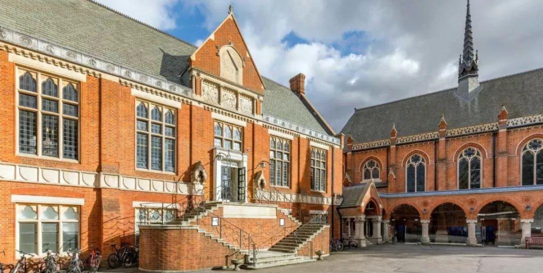 <b>速来领取!2019英国年度最佳私校的官方考试样题,搞到了!</b>