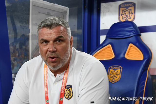 中国竞彩网英超情报:曼城主力门将埃德森解禁复出_Grigoryan的吊架