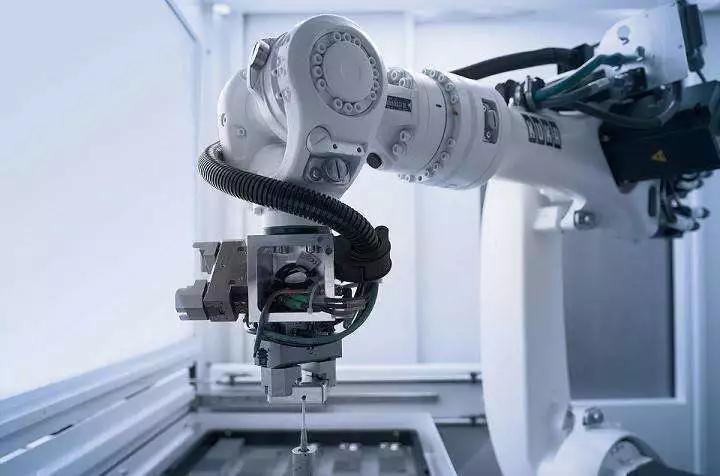 <b>機器人企業逆勢增投的背后思考</b>