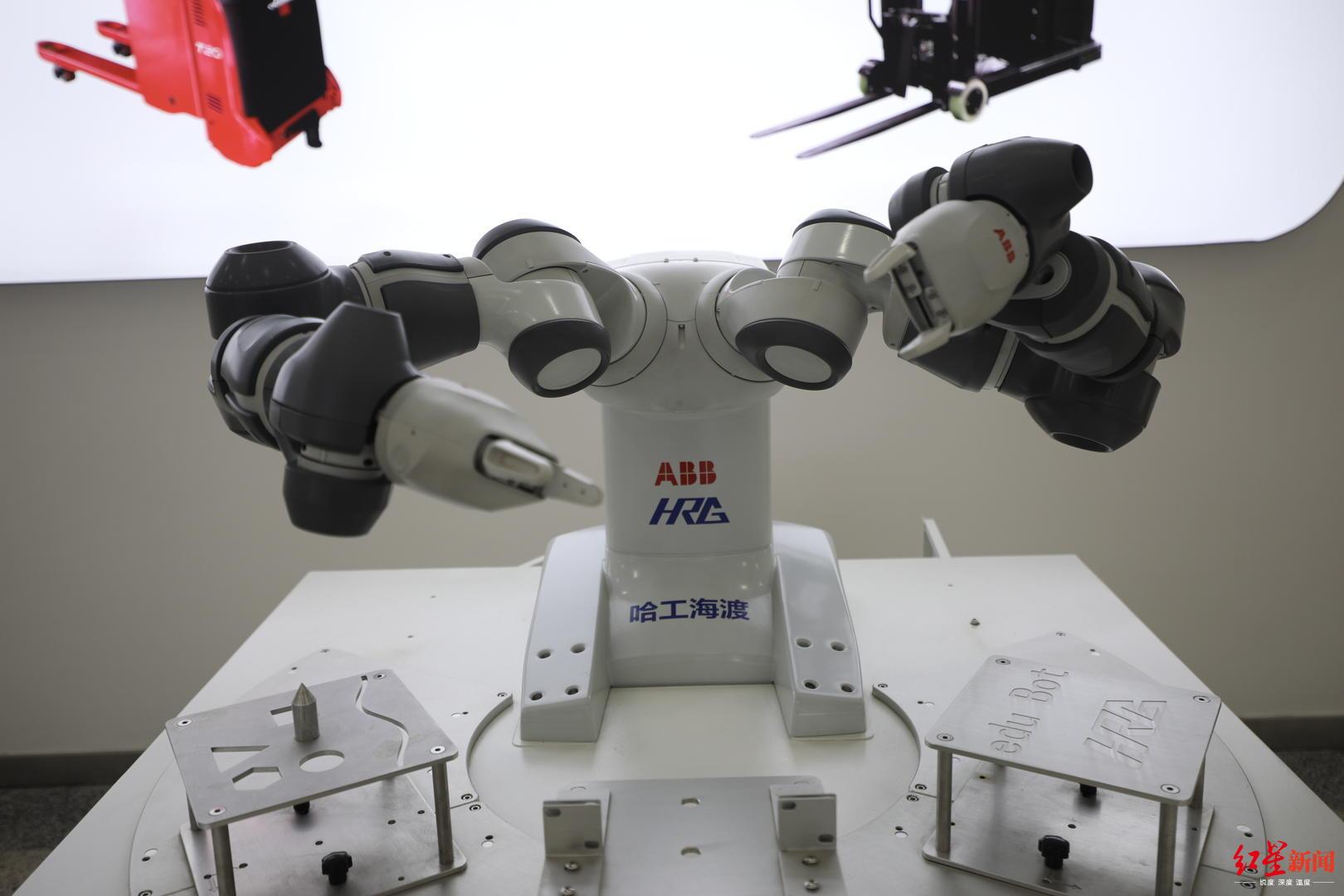 无刷直流电机启动,成都这个地方,居然藏着这么多机器人!可以预约哦~_哈工大
