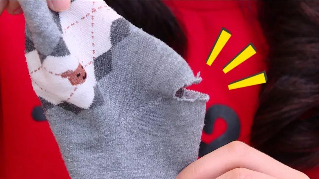 袜子有破洞?别扔!妙招缝一缝,和新的一样!