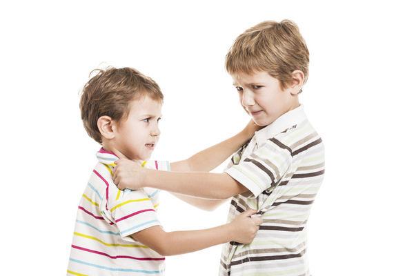 手足是给予孩子最棒的礼物!但面临争宠冲突,爸妈该如何处理?!健康秘诀!