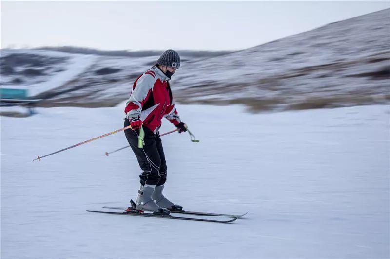 滑雪赛道平面图