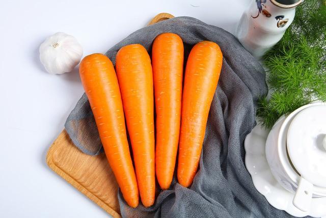 """""""冬吃萝卜夏吃姜"""",关于萝卜的这些传言,是真的吗?"""