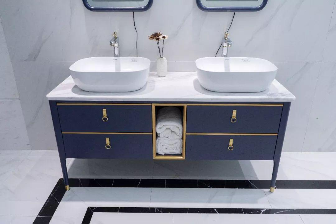 发现星国货快来探索年度最流行的时尚浴室柜(图2)