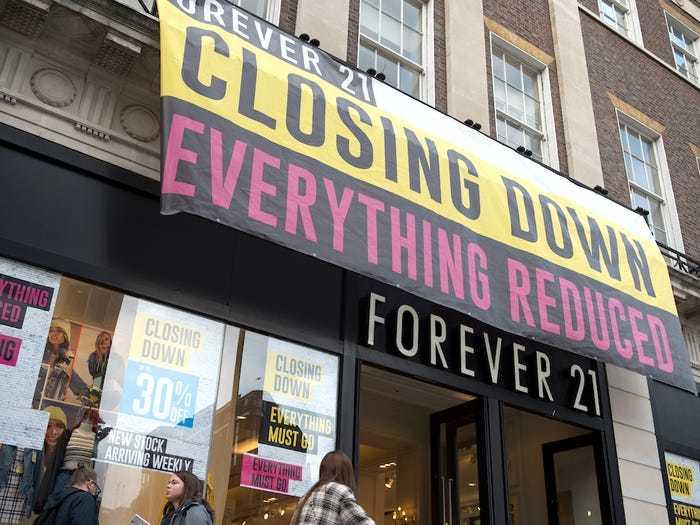 美国实体零售业 寒冬 维密关了53家gap关了230家