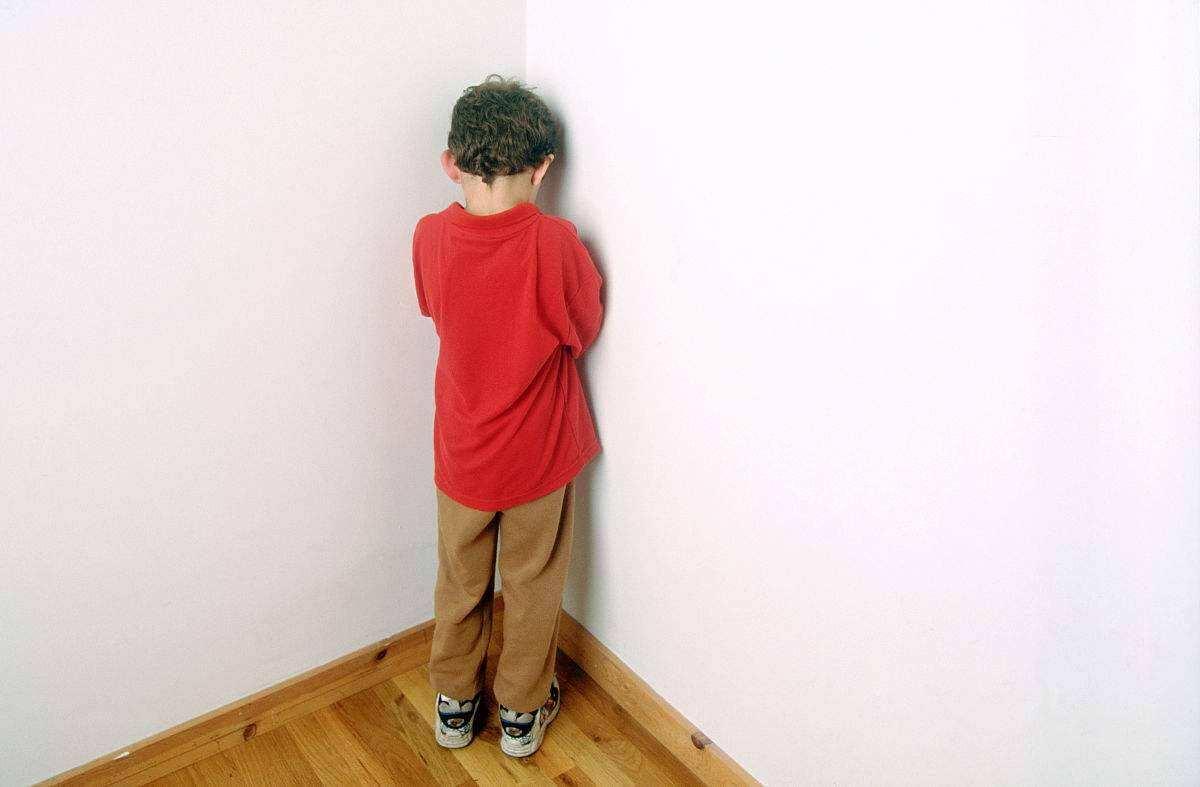 """打孩子要有度,3个部位是孩子的""""生命线"""",父母再生气也不能打"""