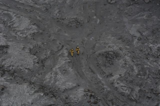 新西兰警方暂停搜寻两失踪者!系当地40岁导游和澳洲17岁女孩